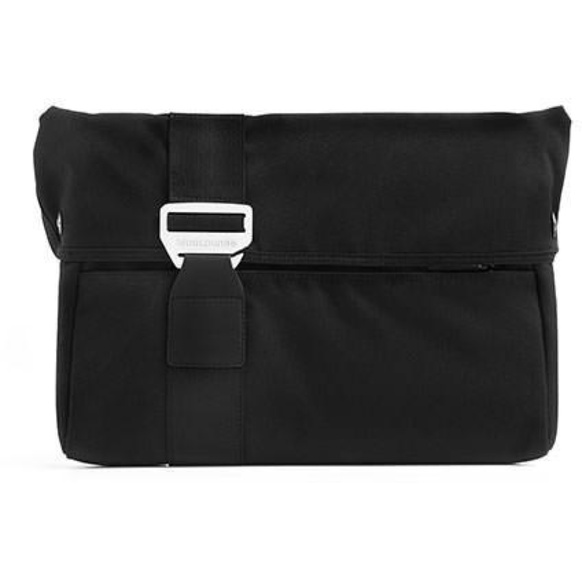"BlueLounge Laptop Jacket sleeve för Macbook Pro 15"" - Svart"
