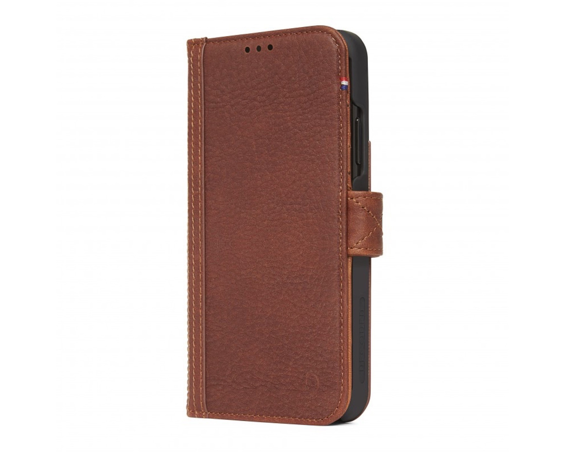 Decoded - Leather Card Wallet Case Magnet för iPhone XR - Brun