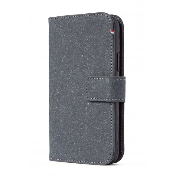 Decoded Recycled Leather Detachable Wallet för iPhone 11 Pro